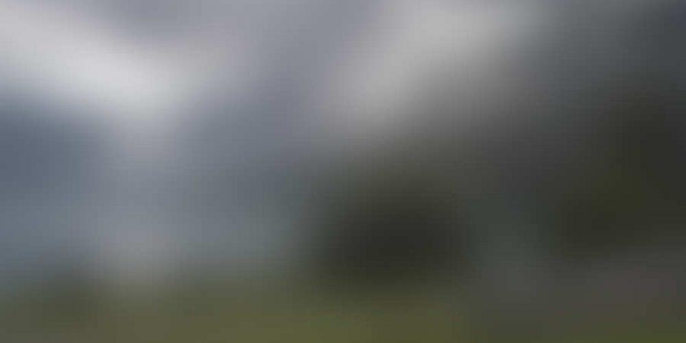 https://sunsetinn.ca/wp-content/uploads/2013/04/bigstock-Camping-By-The-Mountain-Lake-W-993936.jpg